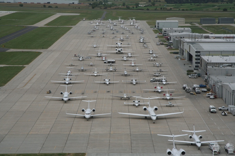 Private Jets on airport ramp